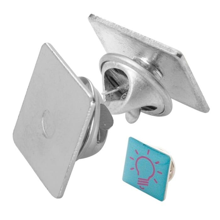 c1f5445c26 Reklám Lark fém kitűző, ezüst, Emblémázással
